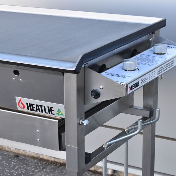 Maintaining your Heatlie BBQ: Stainless Steel and Powder Coat